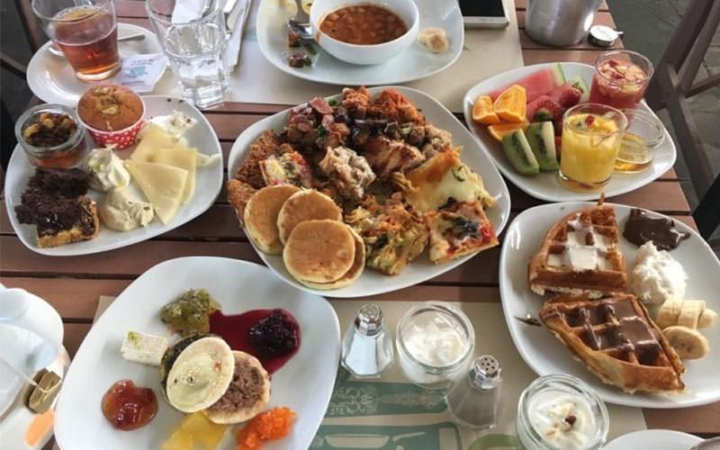 صبحانه تهران