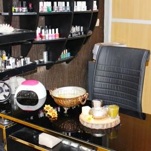 آرایشگاه زیبایی آرایشگاه زنانه فرحناز